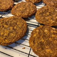 Sunflower Oat Cookies