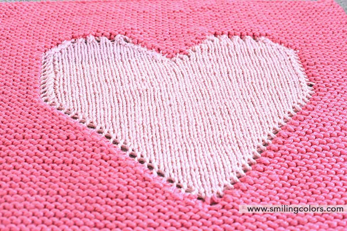 Heart baby blanket knitting pattern - Smitha Katti