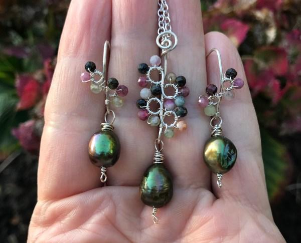 Multifarvet turmalin smykkesæt