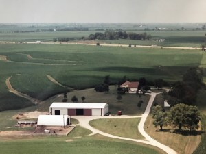 Arial view of Smith Family Farms in 1981