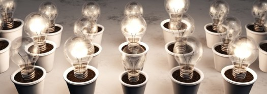 © Francesco De Paoli - Fotolia.com - row of potted light bulbs