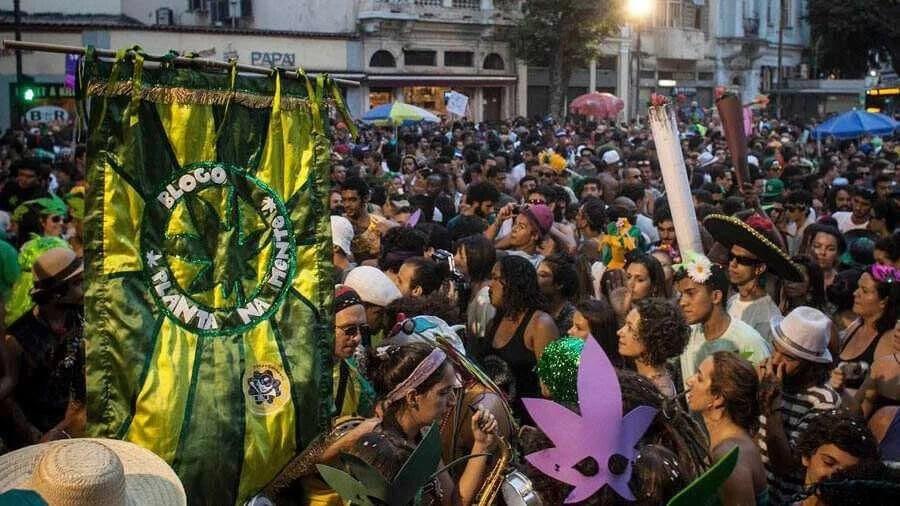 planta na mente financiamento coletivo carnaval maconha smoke buddies Planta na mente liberado pela prefeitura