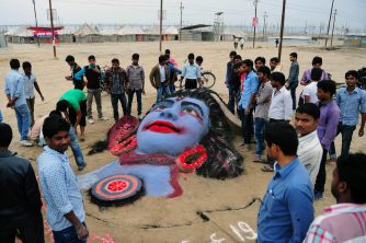 shivaratri-festival-Hindus-fumam-maconha-por-deus-shiva-smoke-buddies-15