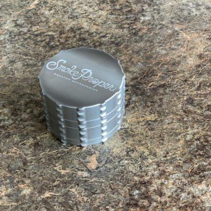 Smoke Proper grinder in Silver