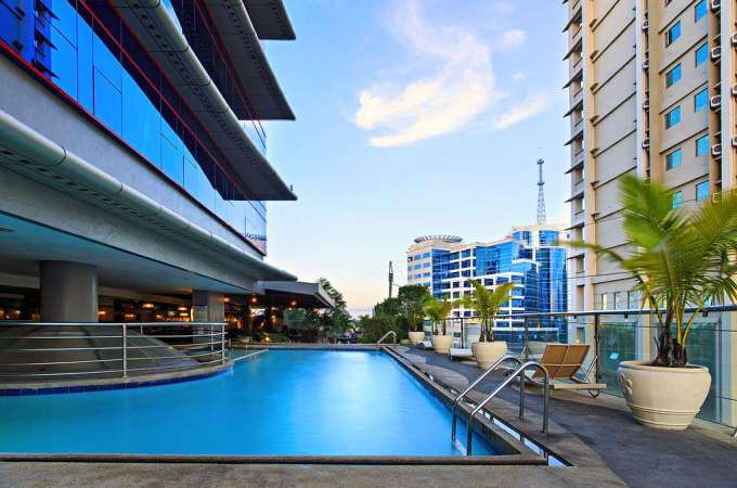 Cheap Rates and Big Discounts at The Cebu Parklane International Hotel! Book Now!