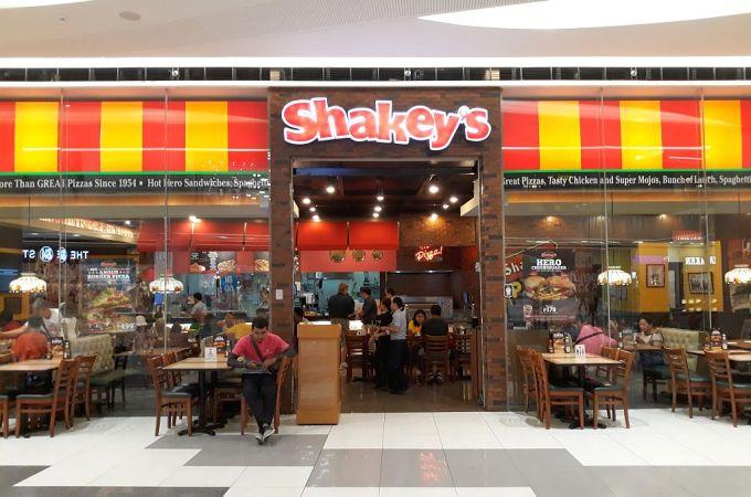 Shakey's SM Seaside City, Cebu, Philippines!