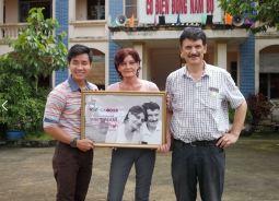 Iris und Hans Peter Widmer in Vietnam
