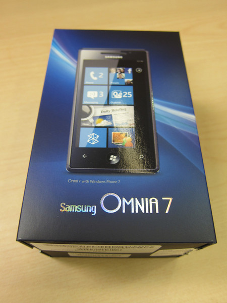 Samsung Omnia 7 Windows Phone Unboxing