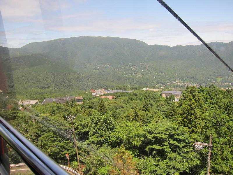 Hakone Ropeway between Sounzan and Togendai
