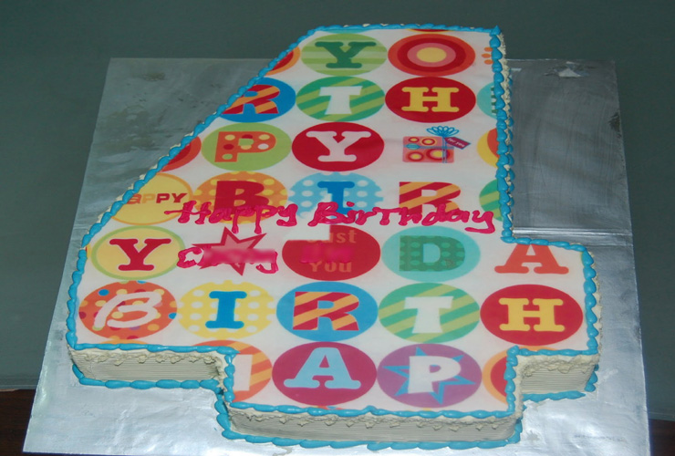Astounding Birthday Cake For 4 Year Old Boy The Cake Boutique Personalised Birthday Cards Veneteletsinfo