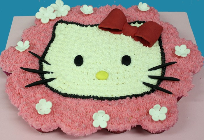 9 Pastel De Cupcakes Photo Hello Kitty Cupcake Cake Walmart Como