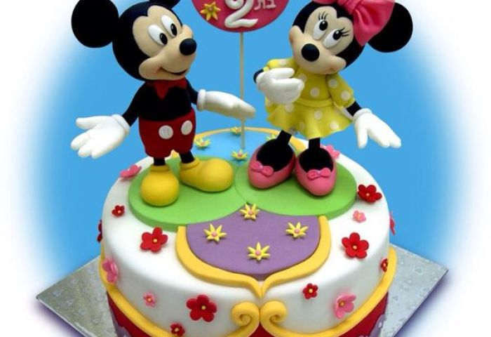 6 Mickey Mouse And Minnie Mouse Birthday Cakes Photo Minnie Mouse