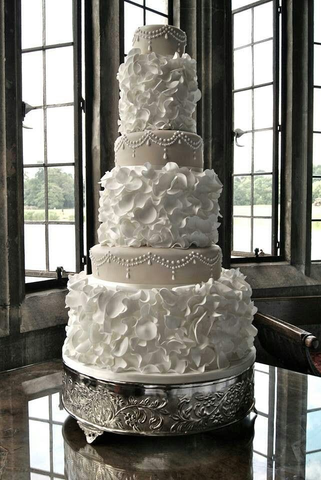 12 Tall Wedding Cakes Photo   Tall Bling Wedding Cake  Tall Wedding     Beautiful Wedding Cake Love