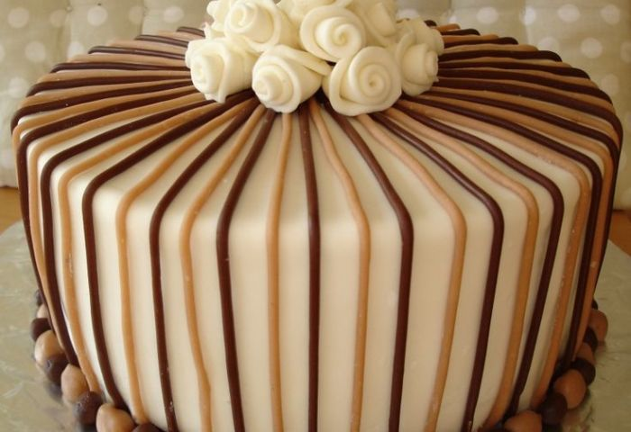 12 Gorgeous Birthday Cakes For Men Photo Elegant Happy Birthday