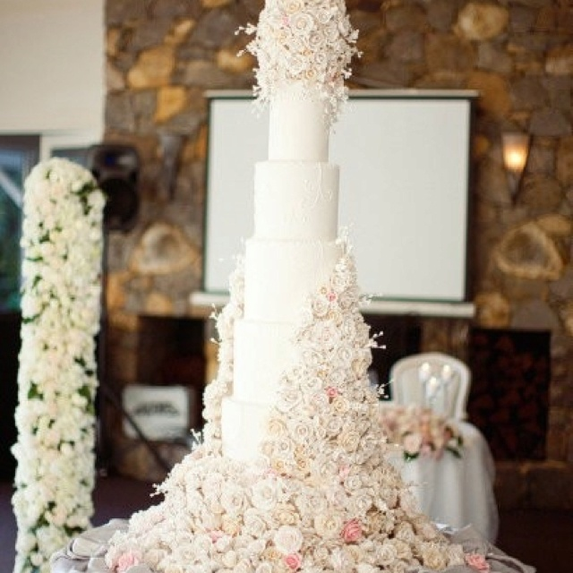 12 Beautiful Tall White Wedding Cakes Photo   Sean Parker  Tall     Sean Parker  Sean Parker via  Tall Wedding Cake