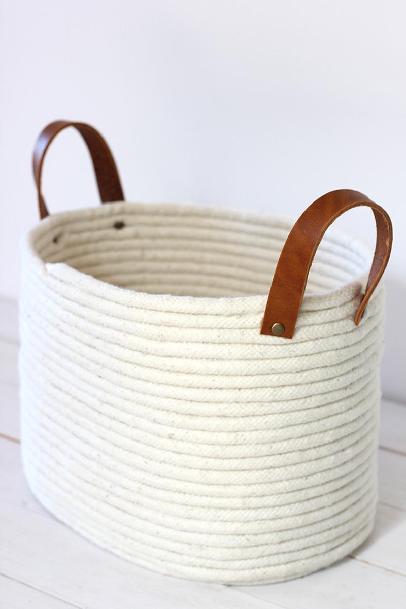cesta con cuerda