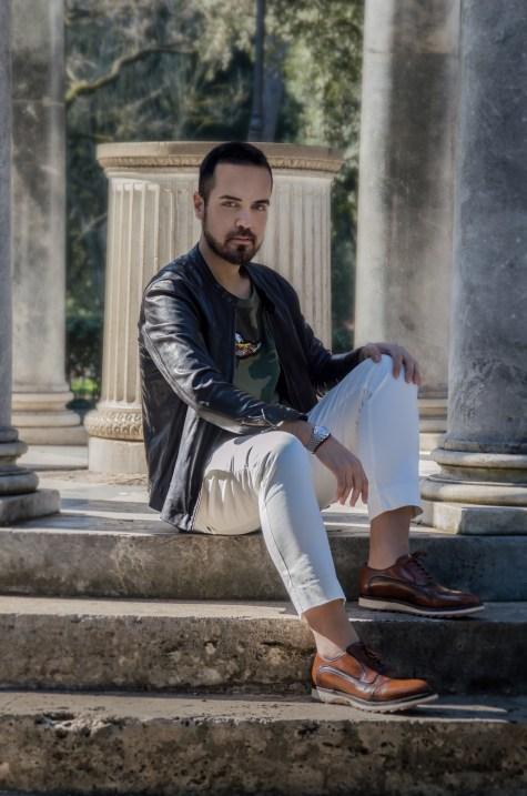 Edoardo Alaimo in outfit casual
