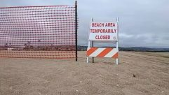balboa beach, Barricade, beach closed, coronavirus, covid-19, Fence, lockdown, shutdown, Sign, the wedge