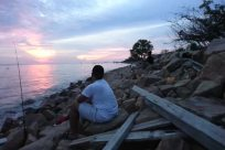 Water, Rock, Sky, Fishing, Wood, Sun, Ocean, Sea, Sunrise, Rubble, Shoreline, Angler, Slate, Coast, Horizon