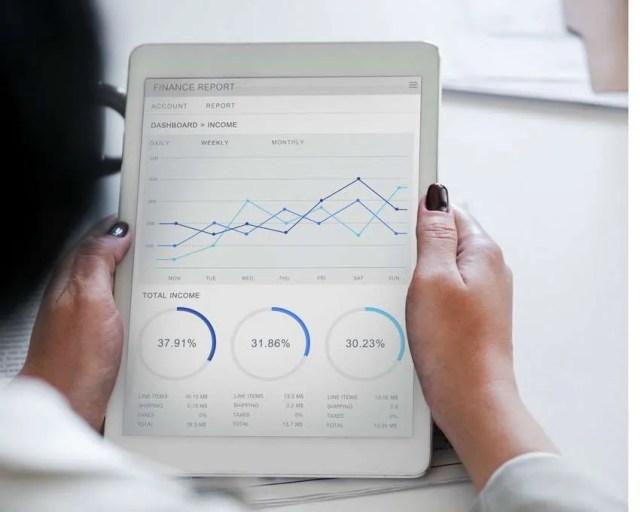 business-analytics-home