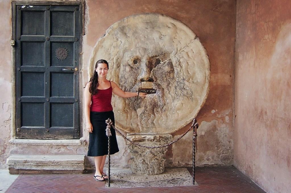 girl at Bocca della Verità