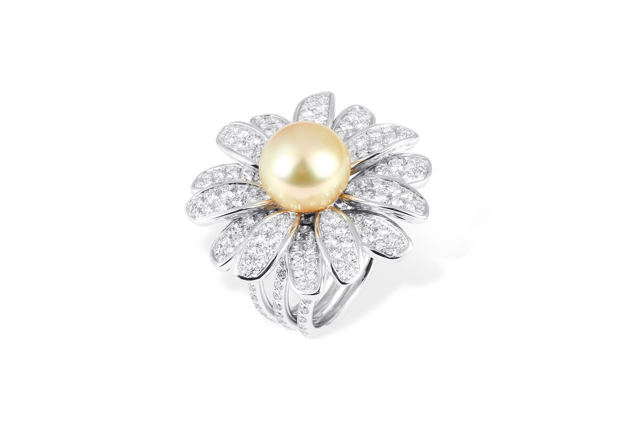 High Jewellery Collection Ring by Tabbah in 18K White Gold with Diamonds and 1 Golden Pearl ($33,000).