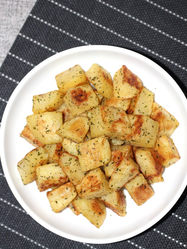 Baked potato cubes