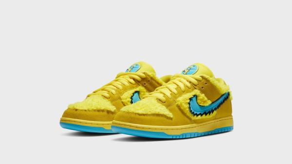 nike-sb-dunk-low-grateful-dead-official-images-and-release-date