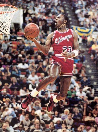 MJ egy zsákoló versenyben