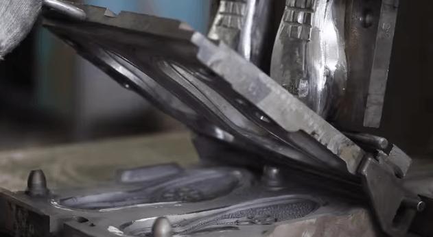 The steel PU midsole mold is ready