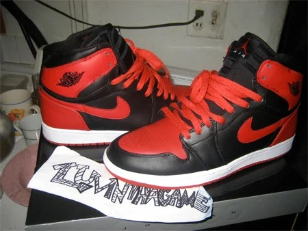 Air Jordan I (1) Retro High Strap - Black / Varsity Red - White