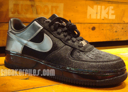 Black Friday Nike Air Force 1 DJ Clark Kent First Look