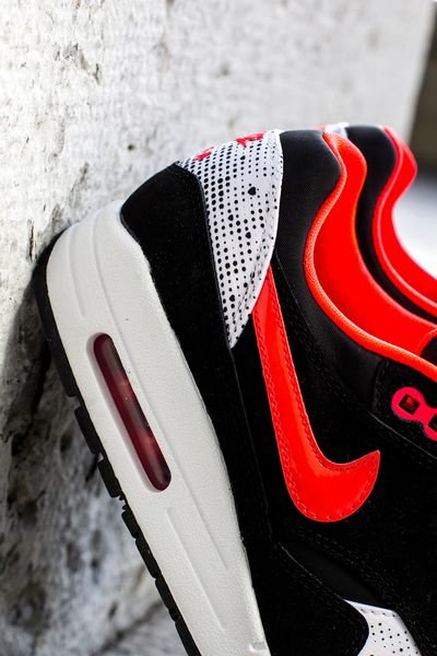 Nike WMNS Air Max 1 Saint Valentines Day SneakerFiles