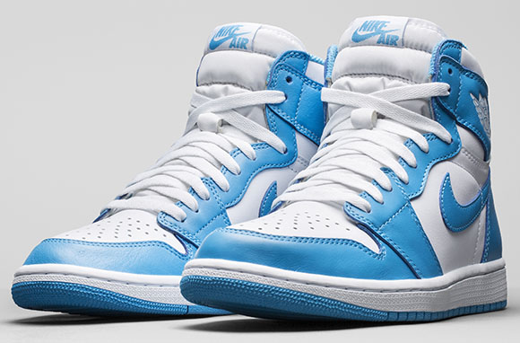 Air Jordan 1 Retro High OG UNC Holiday 2015