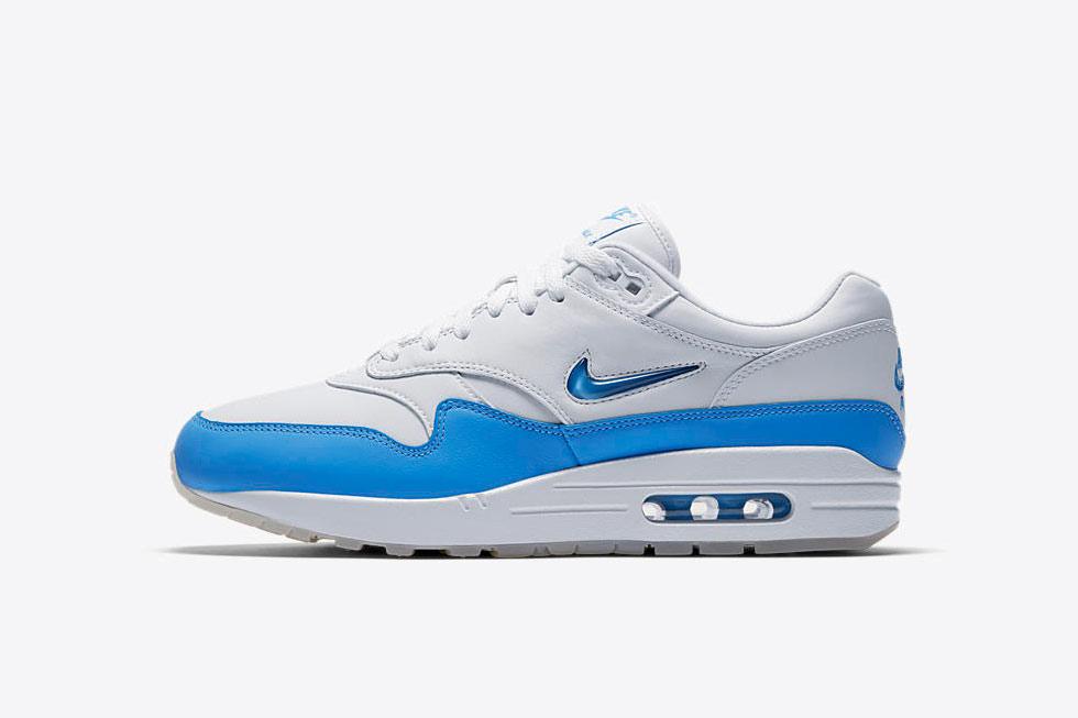Nike_AirMax1Jewel_UniBlue2