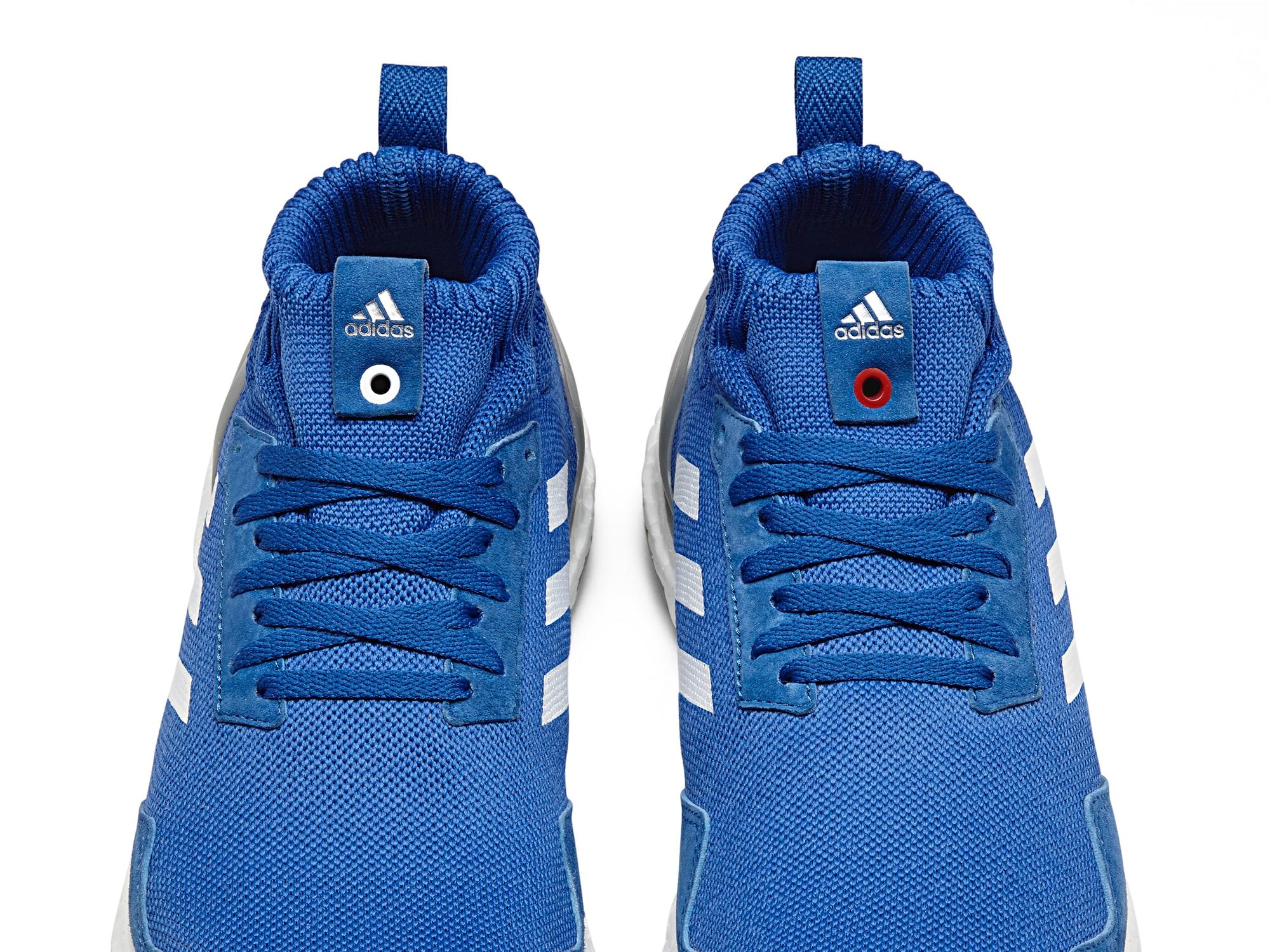 Adidas Ultra Boost Mid Run Thru Time Size 11