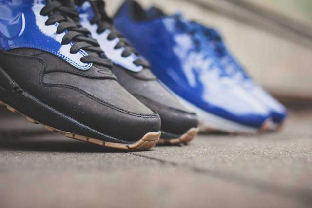 deep royal blue nike airmax1