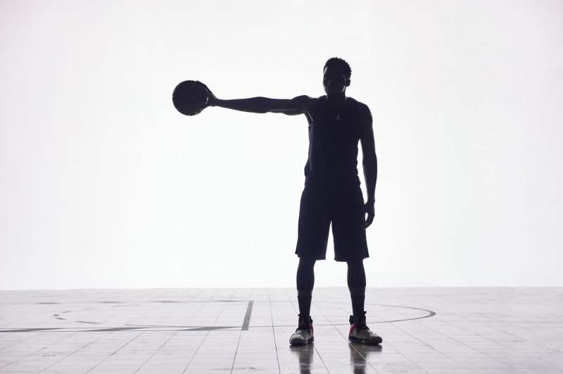 Victor Oladipo con las Nike Air Jordan XXXIII