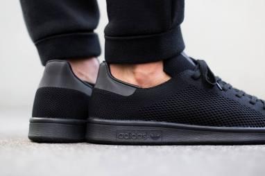 adidas-originals-stan-smith-primeknit-triple-black-02