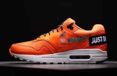 "Nike Air Max 1 ""Just Do It"" orange"