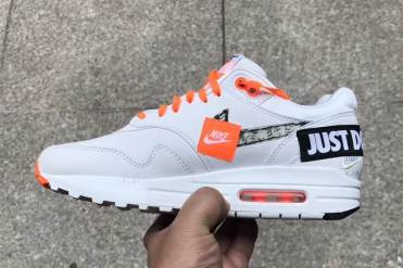 """Nike Air Max 1 """"Just Do It"""" blanche"""