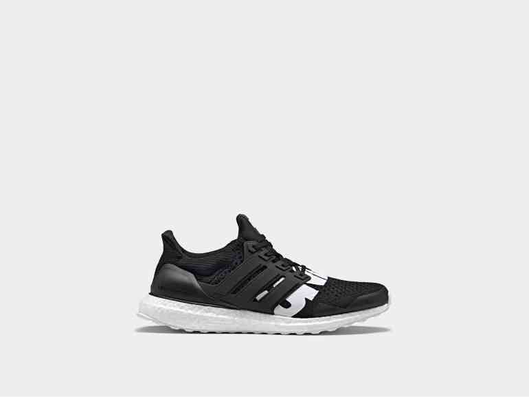 adidas by UNDEFEATED ULTRABOOST noire et blanche