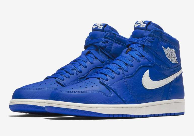 air-jordan-1-retro-high-og-hyper-royal-555088-401-01