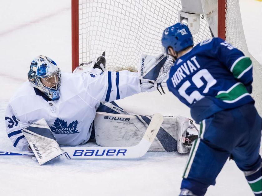 Canucks vs Leafs