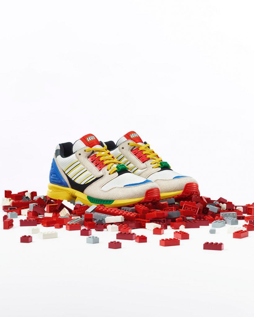 """adidas ZX 8000 """"LEGO"""" เตรียมวางจำหน่ายในไทย 25 กันยายนนี้"""
