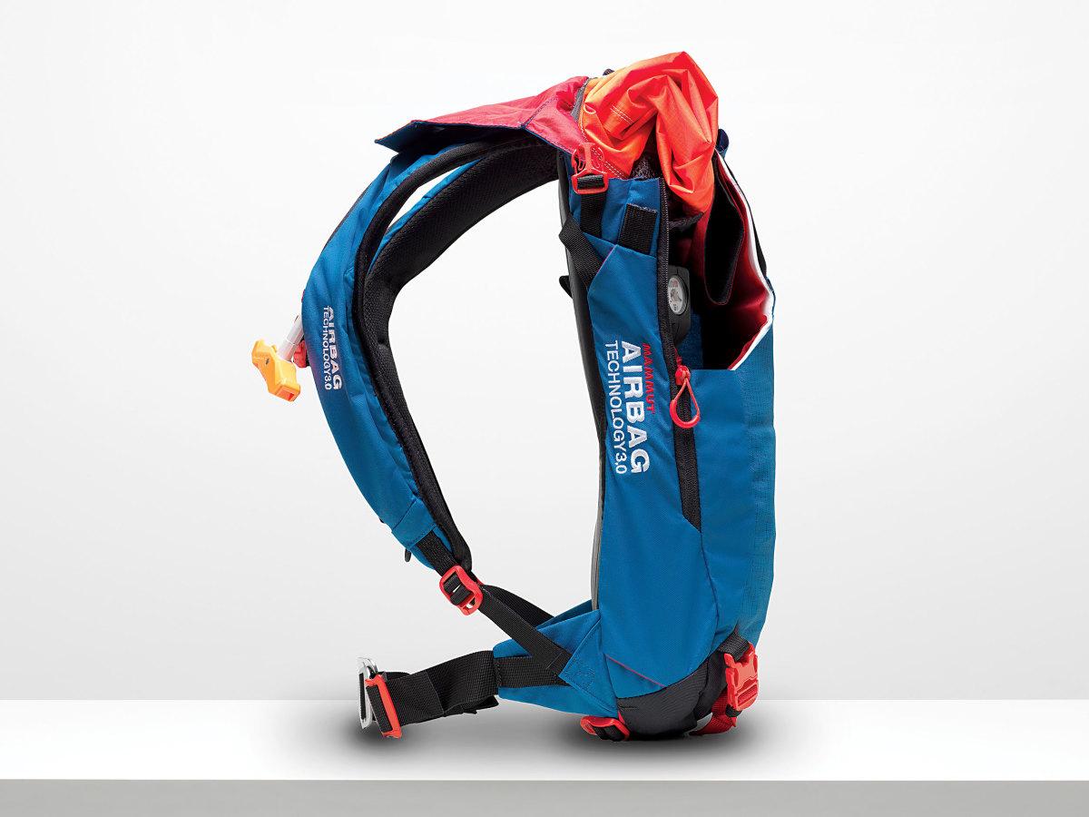 speical offer discount official photos Dakine Poacher RAS 18L Pack: Deconstructed | Snowboarder ...