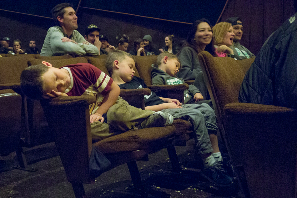 The SNOWBOARDER Movie, SFD, passed_out_kids