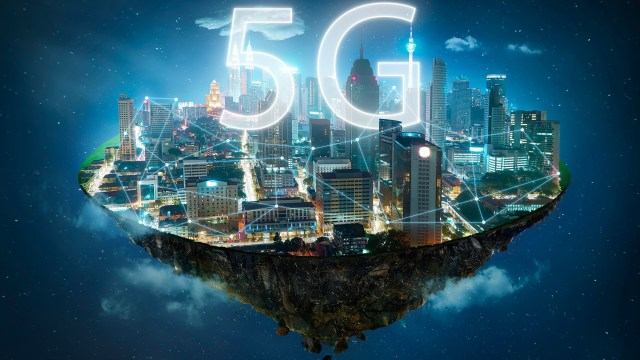 Translating Mobile Networks From Smart To Genius - 5G And Machine Learning