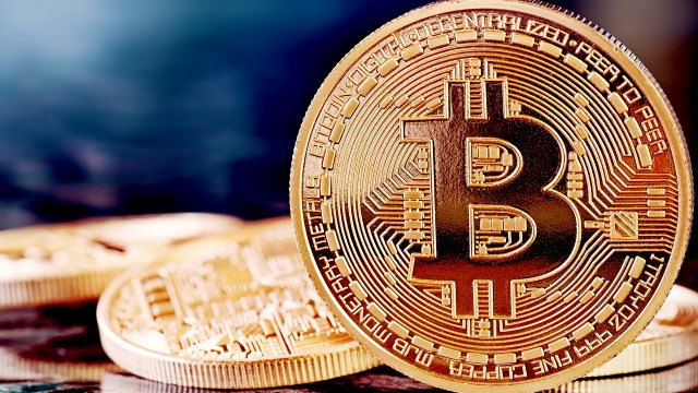 Bitcoin: Beyond The Bubble   A Comprehensive Introduction To Bitcoin