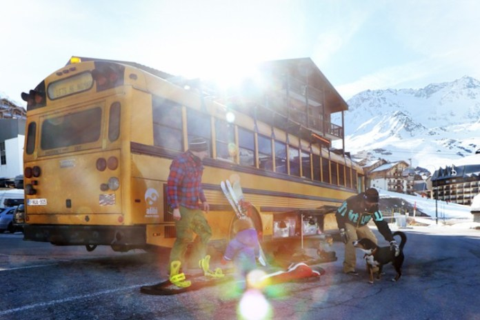 The Nomads bus in Val Thorens